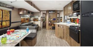 Travel Trailer - Dutchmen Aspen Trail for Sale in Yorba Linda, CA