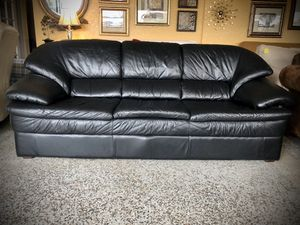 Leather sofa set for Sale in Longwood, FL