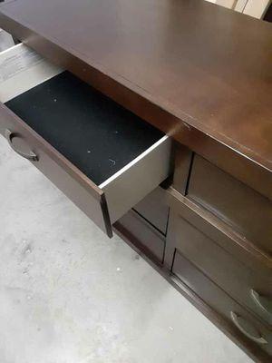 Dresser for Sale in San Angelo, TX
