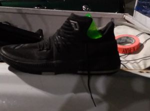 Size 20 mid Adidas Blk for Sale in Oakland, CA