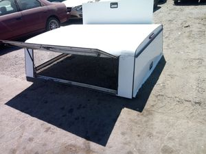 Pick-Up Camper Shell for Sale in Victorville, CA