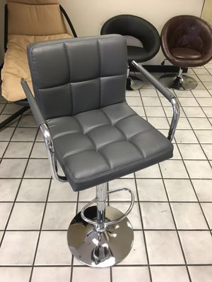 NEW IN BOX BAR STOOLS THICK CUSHION WITH OPTIONAL ARMS REST SWIVEL 360 WITH ADJUSTABLE HYDRAULIC SEAT SOLD IN PAIRS 2 for $90 FIRM for Sale in Los Angeles, CA