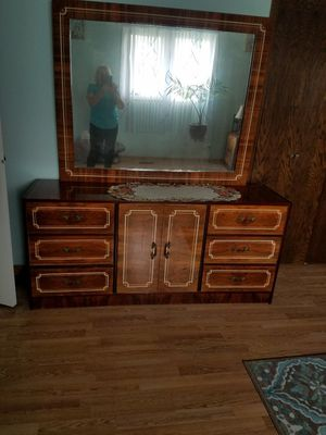 Wood Bedroom set for Sale in Orland Park, IL