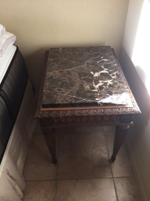 Marble end table for Sale in Scottsdale, AZ