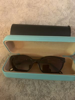 Tiffany&co sunglasses for Sale in Houston, TX