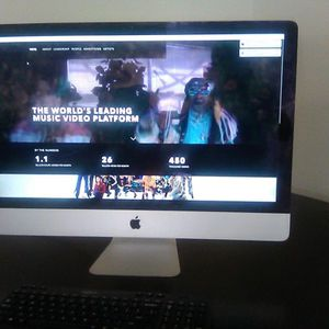 IMAC 27 INCH ALL IN ONE 16 GB1TB EXCELLENT CONDITION $550 CASH FIRMWILL TRADE CAR OR TRUCK for Sale in New Port Richey, FL