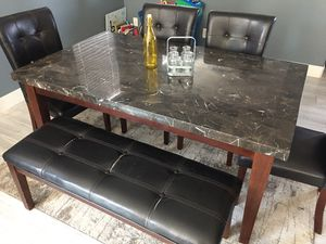 Kitchen/ dining room table for Sale in Henderson, NV