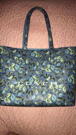 Coach Tote for Sale in OLD RVR-WNFRE, TX