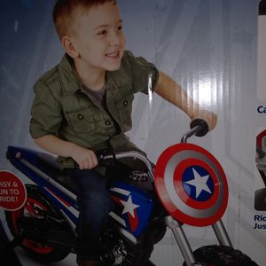 BATTERY POWERED RIDE ON TOY for Sale in La Mirada, CA