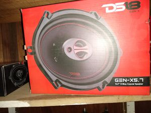 5x7 3 way speakers for Sale in Lexington, KY