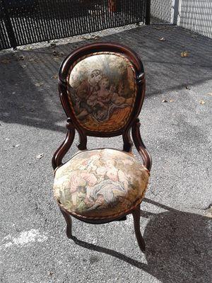 Little Bo Peep sitting chair four-bedroom for Sale in Hyattsville, MD