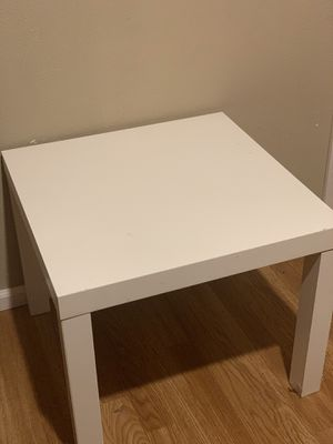Side Table free for Sale in Federal Way, WA