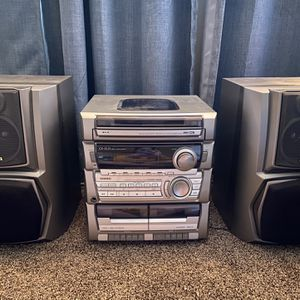 Compact Disk Stereo System for Sale in Tacoma, WA