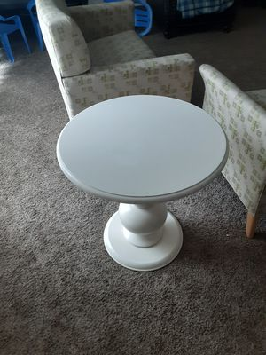 Small round table for Sale in Redmond, WA