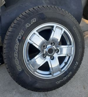 "🐼🐼 (1 only) 17"" Jeep Grand Cherokee 2005-2007 OEM wheel rim with New Tire 🐼🐼 for Sale in Bell Gardens, CA"