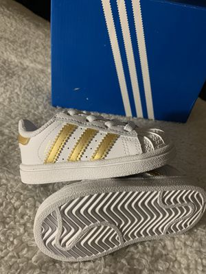 Superstar Adidas Kids 5K NEW $32 for Sale in Sacramento, CA