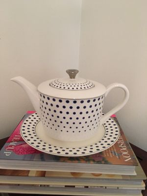 NEW Polka Dot Tea Pot with Plate for Sale in Saint Petersburg, FL
