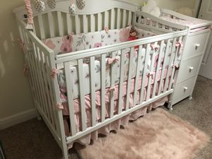 baby's bed for Sale in Lehigh Acres, FL