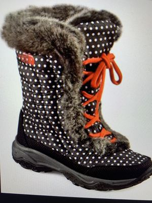 The North Face Snow/Wster Resistant Boots for Sale in Newcastle, WA