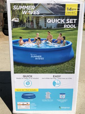 Summer Waves 14ft Pool for Sale in Riverside, CA