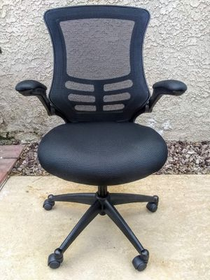 Mid Back Ergonomic Office Chair for Sale in Henderson, NV