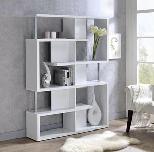 Oleisa White Bookcase ^^pay online ^^apply for financing online ^^ Easy&Fast APPROVAL for Sale in Spring, TX