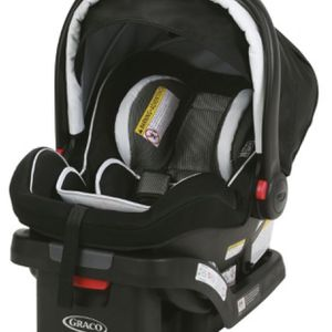 Greco Snugride Snuglock XL35 Infant Carrier for Sale in Humble, TX