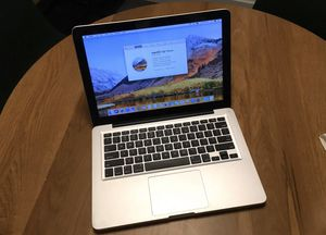 I don't accept Paypal or Cash App, Read first only offer up payment accepted or cash Apple laptops MacBook Pro 13inch 2011, Core i5 2.4ghz 8gb 500gb for Sale in South Burlington, VT