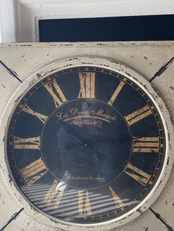 Antique-Looking Clock for Sale in Los Angeles,  CA