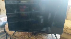 Roku 24 inch flat screen for Sale in Philadelphia, PA