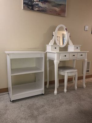 White Vanity & Bookshelves for Sale in Everett, WA