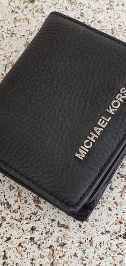 Small Mk Wallet for Sale in Temecula,  CA