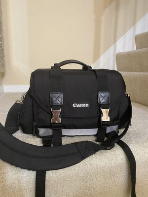 Canon bag for Sale in Rockville, MD