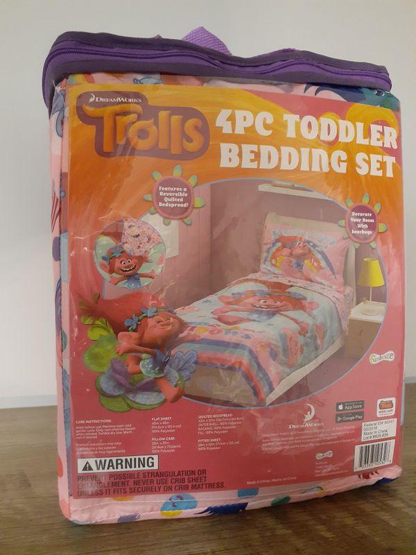 Trolls Pink 4PCS Toddler Bedding Set New