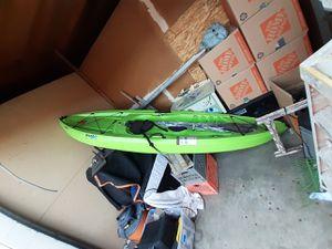 Kayak Verde nuevo for Sale in Industry, CA