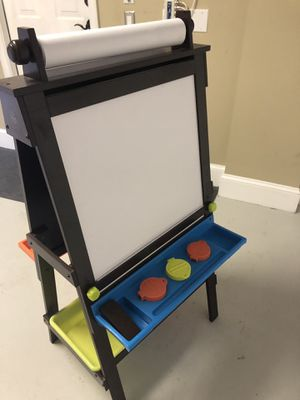 Kid Kraft Easel : drawing painting station for Sale in North Palm Beach, FL