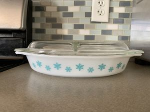 Vintage Pyrex White Turquoise Snowflake Casserole Dish for Sale in Lockport, IL