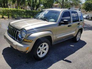2006 Jeep liberty Limited for Sale in Miami, FL