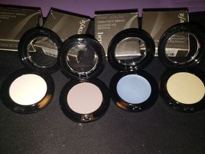 Benefit Eye shadow New for Sale in Lakewood, CA