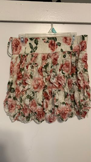 Pink & green floral skirt for Sale in Miami Gardens, FL