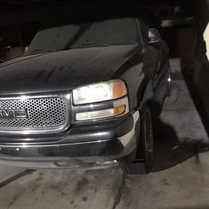 2004 Yukon Tahoe for Sale in Hemet, CA