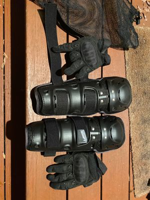 Never used, motorcycle protective gear for Sale in Washington, DC