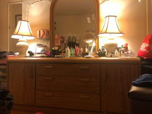 Dresser with mirrow for Sale in Manassas, VA