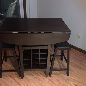 Bistro Table With Wine Rack for Sale in Brecksville, OH