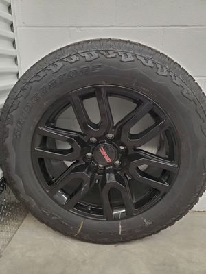 "20"" Black Chevy Silverado GMC Sierra wheels rims tires for Sale in Atascocita, TX"