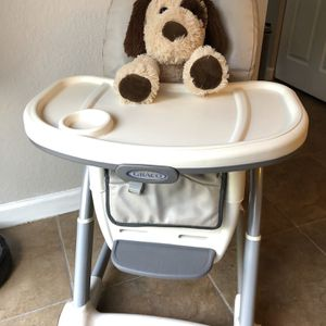 Baby High Chair - Silla Para Comer for Sale in Miami, FL