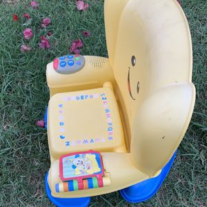 Toddler chair working condition for Sale in Pico Rivera, CA