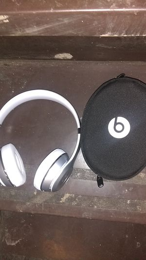 Wireless Beats Solo 3 for Sale in Pittsburgh, PA