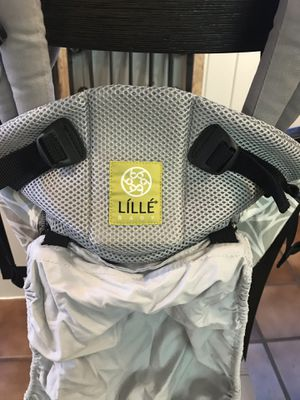 Lillebaby Complete All Seasons Baby Carrier excellent condition for Sale in Palm Beach Gardens, FL