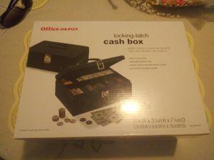 Locking-Latch cash box for Sale in San Antonio, TX